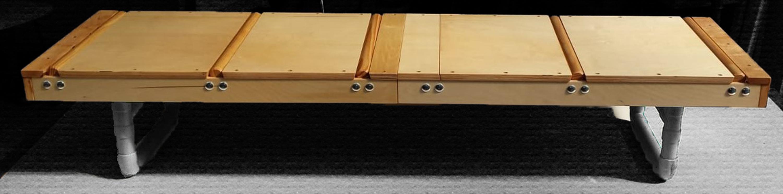 De Rollentando - een houten rollertafel voor liefdevol rouwvervoer