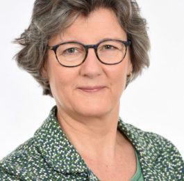 Judit Meijer - Atente uitvaartbegeleiding, Amsterdam Oost. Ik begeleid u graag bij het regelen van een uitvaart.